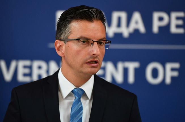Nova ostavka u Šarecovoj vladi