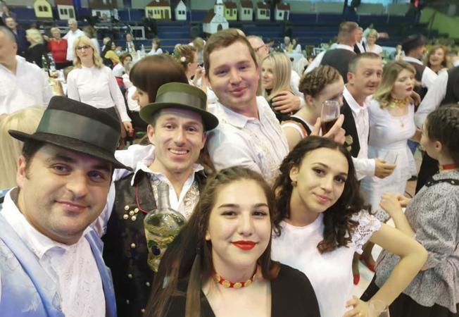 700 Županjaca i gostiju seljačkom zabavom ispratilo Šokačko sijelo