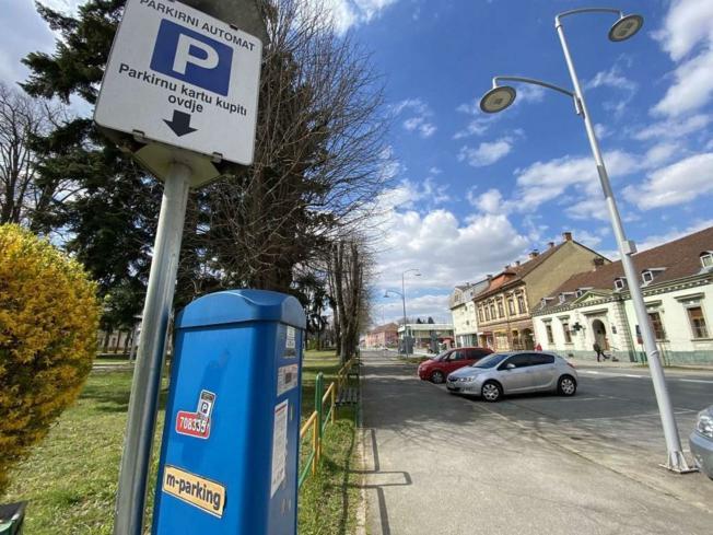 Parkiranje trideset dana bez naplate